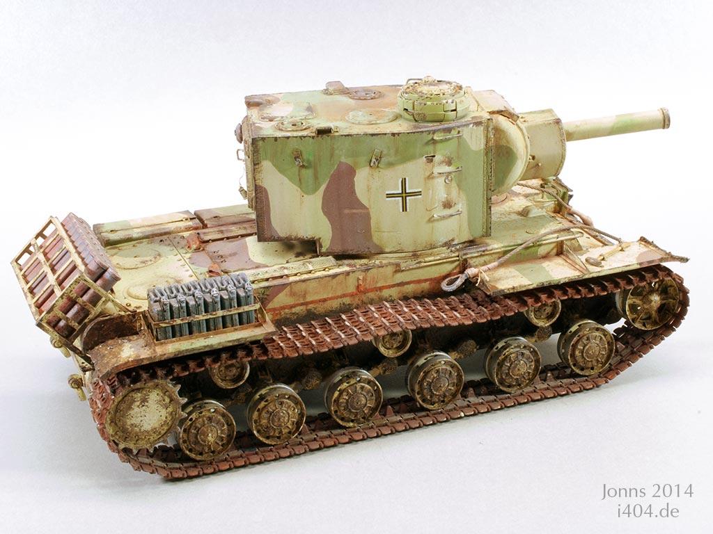 KV-2 Beutepanzer