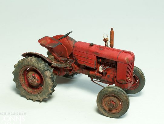 Tractor Case VAI 1:35, near the finish